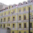6-к. квартира в тихом центре возле м. Арсенальная.