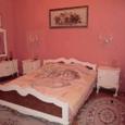 # # # Продается 3-х комнатная квартира в ЦЕНТРЕ с капремонто